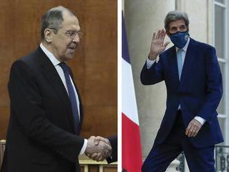 Lavrov sa v Indii neformálne stretol s Kerrym; hovorili o klimatických zmenách