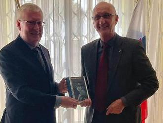 Jozef Banáš získal za román o Štefánikovi ruskú národnú cenu