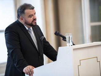 """Chmelár adresuje výzvu slovenskej diplomacii: """"Angažujte sa za mier! a ponúknite Bratislavu,&l"""
