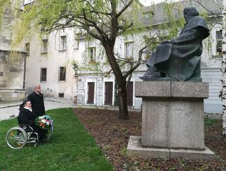 V Bratislave si uctili Jána Hollého