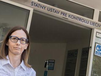 Baťová sa po  politickom stanovisku k Sputniku stala liberálnou hviezdou. Zdá sa, že pre ňu a jej fa