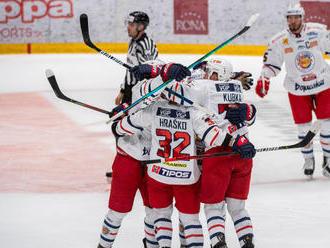 Zvolen opäť vyhral v Bratislave, frustrovaný Štajnoch dolámal hokejku