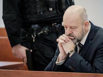 Pojednávanie s Ruskom a spol. v prípade objednávky vraždy Volzovej zrušili