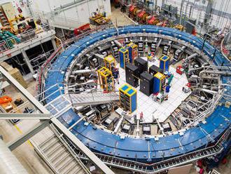 Vedci z laboratória v USA tvrdia, že našli dôkazy piatej základnej fyzikálnej sily