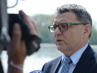 Vypitvané ministerstvo? Rošáda s českou diplomaciou nevyšla
