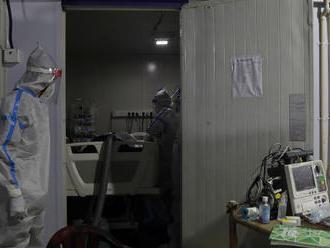 Vo februári pribudol rekordný počet úmrtí, najhoršia situácia bola v Trnavskom kraji
