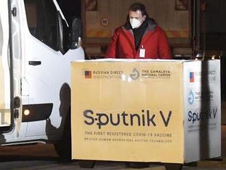 Virológ nerozumie, prečo ŠÚKL preveroval bezpečnosť Sputnika. Testy s myšami považuje za divadlo