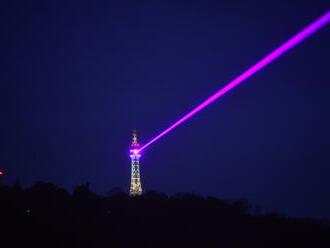 Laserový paprsek propojí Petřín se sídlem AV, připomene den světla