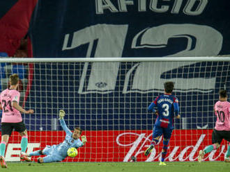 Barcelona nevyužila možnost jít do čela ligy, s Levante remizovala 3:3