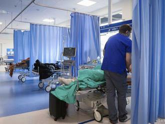 Za týždeň klesol počet hospitalizovaných v Komárne o polovicu