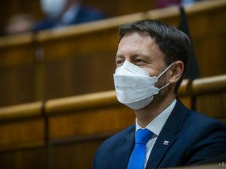 Sme bližšie k životu pred pandémiou, tvrdí premiér Eduard Heger