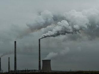 Nedávne záväzky krajín by mohli pomôcť dosiahnuť cieľ parížskej klimatickej dohody, uviedol Niklas Höhne
