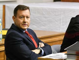 Exšéf SIS Pčolinský v lete 2020 písal smsku Danielovi Lipšicovi o prípade sledovania Zoroslava Kollára