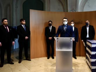 Newsfilter: Fico s Pellegrinim poslali prezidentke hárky na referendum, ale dúfajú, že žiadne nebude