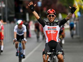 Sagan je bližšie k cyklámenovému dresu, líder súťaže odstúpil