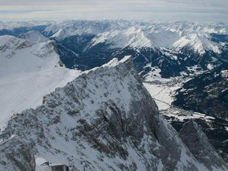 Štúdia: Ľadovce v bavorských Alpách môžu zmiznúť do 10 rokov