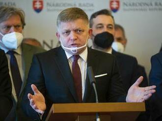 Nezaujali postoj k obetiam, vyčíta vláde Fico. Hegera kritizoval