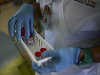 Očkovať sa môžu ďalší. Ľuďom, ktorí prekonali Covid, znížili hranicu