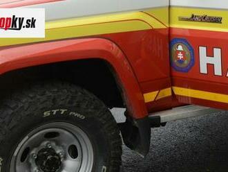 Požiar motorovej jednotky osobného vlaku: Zásah hasičov trval zhruba hodinu a pol