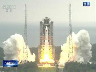 Na Zem môže dopadnúť šrot z čínskej rakety. Vedci netušia, kde sa tak stane