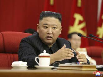 KLDR by se měla připravit na konfrontaci s USA, oznámil Kim Čong-un