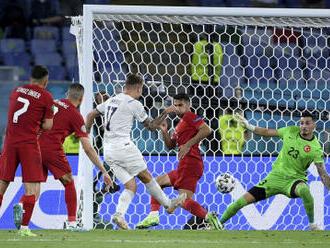 Fotbalisté Itálie otevřeli ME výhrou 3:0 nad Tureckem