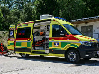 Skalická nemocnica rozšírila vozový park o tri sanitky