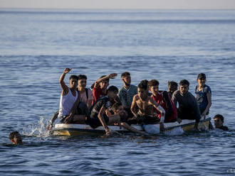 Tunisko zachránilo 54 migrantov