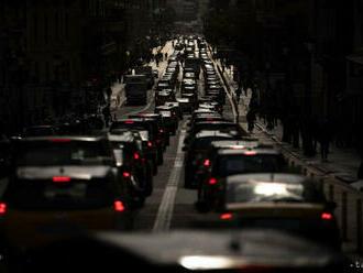 Vodiči sa v Bratislave zdržia na viacerých úsekoch