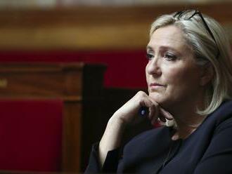 Ak Le Penová v júni zvíťazí na juhu Francúzska, tak Elyzejský palác má na dosah