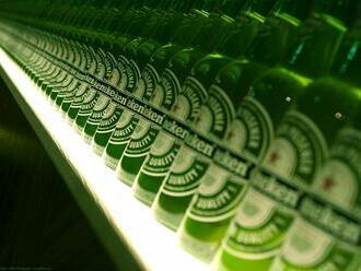 Německo ještě před svými vojáky stahuje z Afghánistánu tisíce litrů piva a vína