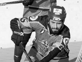 Mal iba 40 rokov. Počas zápasu zomrel slovenský hokejbalista