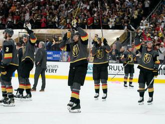 Semifinálové dvojice NHL sú známe, hráči Vegas zvládli drámu a postúpili