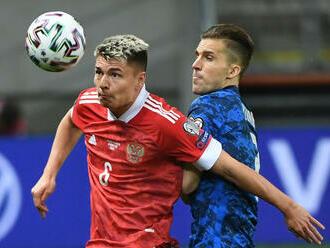EURO má ďalšieho hráča s covidom, Rus Mostovoj na turnaji končí