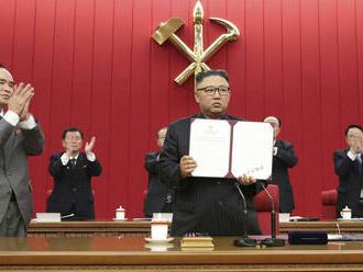 Kim hovorí o dialógu a zároveň aj konfrontácii s USA
