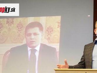 Fico dnes opäť predkladal dokumenty o Mikulcovi: Ten zareagoval tlačovkou, na ktorej púšťal VIDEÁ z minulosti!
