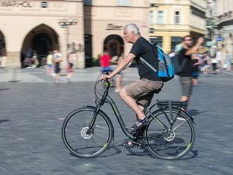 Covid poslal lidi na kolo. V Praze loni přibylo cyklistů, meziročně až o třetinu