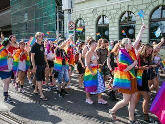 Festival Dúhový Pride Bratislava sa odvysiela online, s prejavmi vystúpi viacero známych osobností