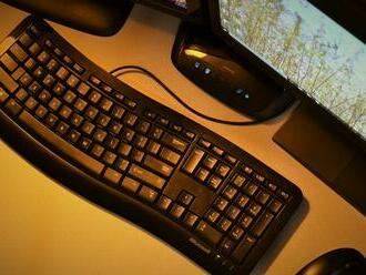 Výsledky auditu digitálnych technológií v školách majú byť koncom augusta