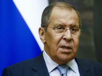 Lavrov: Stále sa nerozhodlo o tom, kam premiestnia sochu maršala Koneva v Prahe