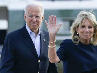 Kosovo vyznamenalo zosnulého syna amerického prezidenta Bidena