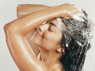 Kaderníčka prezradila tajomstvo: Túto chybu pri umývaní vlasov robí takmer každý