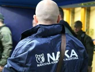 Vyšetrovatelia z NAKA stoja za zadržanými kolegami, v ich práci sa napriek problémom nič nezmení
