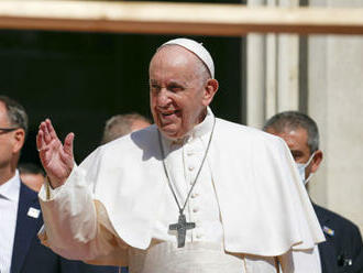 Pápež František ocenil prácu bezpečnostných zložiek počas svojej návštevy, osobne poďakoval šéfovi SIS
