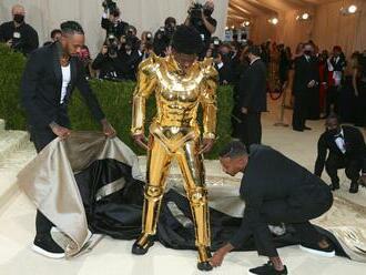 Tančí na klíně Satanovi. Raper Lil Nas X deskou navazuje na hit Old Town Road