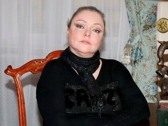 Zašlo to daleko: Zlomená Dominika Gottová uvažuje o návratu do Čech