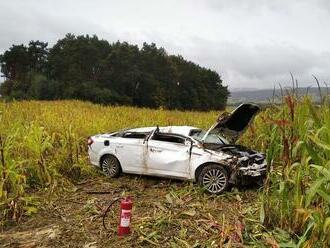 Za Braniskom sa stala vážna nehoda, spolujazdkyňu prevážal vrtuľník