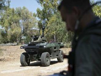 Izraelská firma predstavila nového ozbrojeného robota