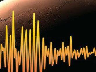 Sonda na Marse zaznamenala za mesiac tri zemetrasenia