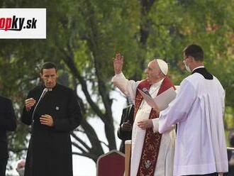 Svetové médiá reagujú: Pápežova návšteva Luníka IX je znamením inklúzie pre slovenských Rómov